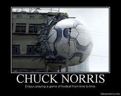 Chuck Norris - Demotivational Poster