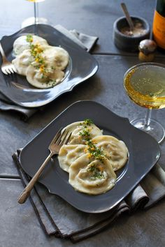 Dungeness Crab Ravioli with Meyer Lemon Cream Sauce | http ...