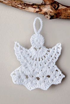 Christmas Tree Toppers, Christmas Diy, Christmas Decorations, Holiday, Crochet Angels, Crochet Snowflakes, Crochet Crafts, Fall Winter, Autumn