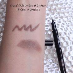 Chanel Fall-Winter 2021 Makeup Collection | Lenallure Purple Lips, Red Lips, Chanel Blush, Chanel Nail Polish, Eyeshadow Base, Makeup Items, Waterproof Mascara, Pencil Eyeliner, Cool Tones