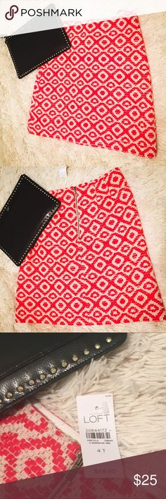 """FINAL PRICE: NWT LOFT skirt, red & cream jacquard Brand new skirt, can be worn to work or casually. It's a 4T, but I'm 5'6"""" and it's the perfect length above my knees. Zip close, lined, no holes, stains or flaws. Price is firm.  Overall Length: 20""""  Waist (measured across and doubled): 29"""" LOFT Skirts Midi"""