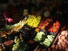 Frutas y verduras a todo color. www.mam.com.uy
