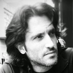 Leo fantasía en Español: Conociendo Autores #7 R.R. López