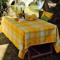 Nappe tables d'été Garnier-Thiebaut - Modèle : Mille panache - Nappe en coton - Coloris : jaune et orange
