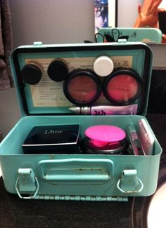 Makeup Storage... Old tin and magnets :)