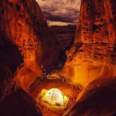 Camping in the canyons of #Utah Photo: @josh_hydeman #wildernessculture