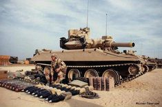 A soldier from Co., lays out equipment for an Sheridan light tank prior to the Airborne Division live-fire exercise during Operation Desert Shield. Military Photos, Military History, Sheridan Tank, Operation Desert Shield, Tank Armor, War Thunder, Tank Destroyer, Armored Fighting Vehicle, Battle Tank