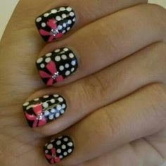Polka dot and bows nails