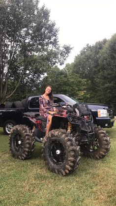 🏎Get an ATV & start a new journey! Buggy, Bobbers, Triumph Motorcycles, Motocross, Atv Riding, Trail Riding, Bagger Motorcycle, Redneck Girl, Atv Four Wheelers