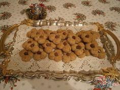 Mocca oválky s kávovým zrnkem Mocca, Gingerbread Cookies, Everything, Kiwi, Cherry, Breakfast, Desserts, Christmas, Food