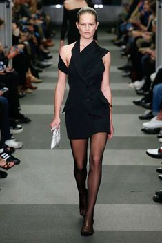 Alexander Wang Fall 2018 Ready-to-Wear Fashion Show Collection