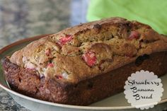 Strawberry Banana Bread :: TheMarathonMom.com