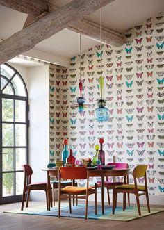 Papel de parede com desenhos de borboleta