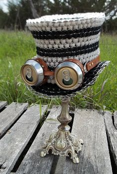 Beer Goggles and Top Hat - Steampunk a la beer cans and pull tabs - I love clever people!