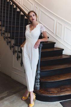braut pant suits for women Bridal Pants, Wedding Jumpsuit, Wedding Pantsuit, Wedding Suits, Pantsuits For Women, Jumpsuits For Women, Bridal Outfits, Bridal Dresses, White Jumpsuit