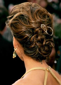 Jessica Alba 2006 Oscars - Jessica Alba Red Carpet Hairstyles Through the Years