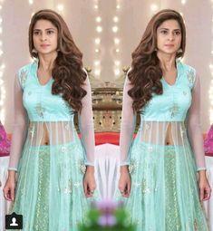 Sleeves Designs For Dresses, Fancy Blouse Designs, Dress Neck Designs, Wedding Lehenga Designs, Kurti Designs Party Wear, Pakistani Dress Design, Pakistani Dresses, Princes Dress, Lehnga Dress