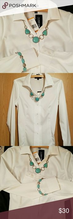 JONES NEW YORK SIGNATURE NON-IRON SHIRT Classic white collar button down fitted and tapered shirt with 2 bottom cuff. Easy care, NON-IRON, refuse to wrinkle easy care shirt! Perfect for any occasion. Machine wash cold.  NWT Jones New York Tops Button Down Shirts