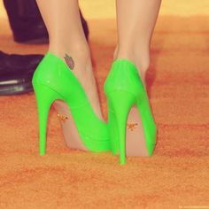 Bright Neon Shoes For Fashion Women - Inspring High Heels with Trendy High Heels,Neon High Heels,Outdoor High Heels,Urban High Heels, Love it! Neon High Heels, Neon Pumps, Neon Shoes, Cute Shoes, Me Too Shoes, Bright Heels, Colorful Heels, Fancy Shoes, Lime Green Heels