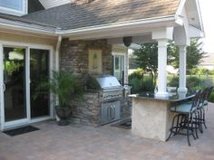 Nice simple outdoor kitchen area.