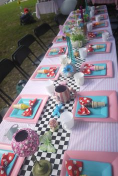 Awesome table at an Alice in Wonderland party!  See more party ideas at CatchMyParty.com!