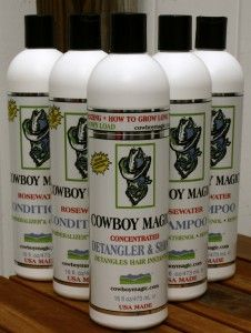 Cowboy Magic Shampoo & Conditioner Best stuff ever! it's all natural, cruelty free and packed with oils. It make mine and my daughter's hair so soft and shiny! Beauty Tips For Hair, Health And Beauty Tips, Diy Beauty, Beauty Hacks, Beauty Ideas, My Horse, Horse Hair, Horses, Shampoo For Hard Water