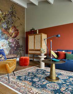 Colourful Living Room, Living Room Colors, Home Living Room, Living Room Decor, Home Interior, Interior Design Living Room, Interior Styling, Beautiful Houses Inside, House Inside