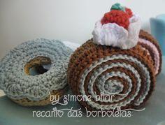 <3 Mais deliciosos docinhos partindo pra mimar outra casinha :) Rocamboles e Donuts By Recanto das Borboletas! Na Lojinha tem, passa lá pra bizoiar :p www.recanto.loja2.com.br