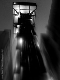 Photography: Elevador de Santa Justa, Image credits: Helena Simões da Costa © Photography 2016 (no blogue do Arlindo), Lisboa. Fortuna Audaces Sequitur. My other photographic works: http://helenasimoesdacosta.wixsite.com/helencostafotografia/ .
