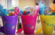 Love a gift bucket for kiddos with summer birthdays! Especially when you can personalize the bucket!