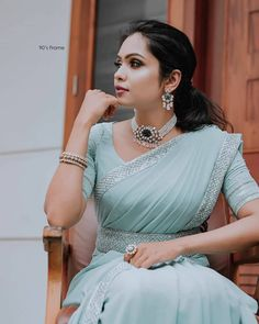 Trendy Sarees, Stylish Sarees, Fancy Sarees, Party Wear Sarees, Fancy Blouse Designs, Saree Blouse Designs, Blouse Patterns, Indian Designer Outfits, Designer Dresses
