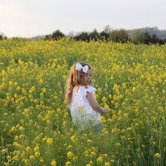 This little girl makes my heart skip a beat just as she was skipping through this beautiful yellow field of flowers. Who wouldn't want to do that? She is smart feisty and funny.  #mustardweed #outdoors #flowers #yellowfields #loveva