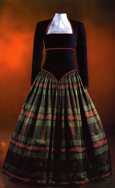 Diana`s dress