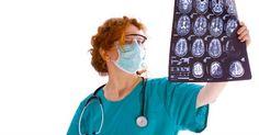 Descubre cuáles son los síntomas más comunes que aparecen como consecuencia de un tumor cerebral.