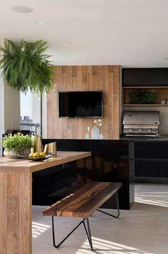 The design of this apartment was made by the Hobjeto Arquitetura office, with a floor plan, w 3 Bedroom Floor Plan, Dark Kitchen Cabinets, Modern Loft, Natural Home Decor, Kitchen Trends, Bedroom Flooring, Partys, Minimalist Kitchen, Modern Kitchen Design