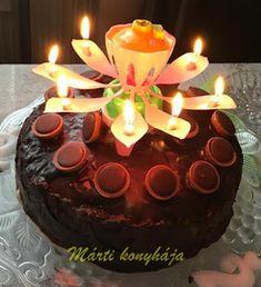 Ez egy nagyon egyszerű toffifee torta receptés nagyon finom is. Ezt a fiam születésnapjára készítettem el, nagyon ízlet mindenkinek. Házilag elkészíthető.