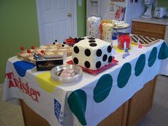 This was a Game Night Party John and I had FOUR years ago...      It'smy goal to eventually put all my parties on this blog...        DECOR...