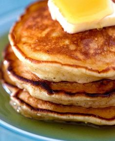 The Best Pancake Recipe With Secret Ingredient That Gives Them the Perfect Fluff. - The Best Pancake Recipe With Secret Ingredient That Gives Them the Perfect Fluffy Pancake Consisten - Sour Cream Pancakes, Tasty Pancakes, Fluffy Pancakes, Pancakes And Waffles, Pancakes From Scatch, Cornmeal Pancakes, Breakfast Bake, Breakfast Recipes, Pancake Recipes