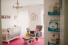 Maite's Eclectic & Colorful Nursery Nursery Rugs, Nursery Wallpaper, Elephant Nursery, Girl Nursery, Scandinavian Style Bedroom, Small Room Organization, New Bedroom Design, Kindergarten, Bedroom Paint Colors