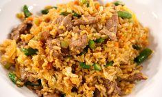 Hoy todos comemos rico con este delicioso arroz integral con carne. Una receta rendidora, sencilla y que pueden hacer en cualquier momento del día!   Today we can all eat tasty with this delicious whole wheat rice and meat! This recipe will go a long way at home!