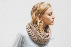 Honey Stitch Cowl Pattern | .canadianliving.com