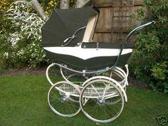 Vintage Pram, Retro Vintage, Pram Stroller, Baby Strollers, Prams And Pushchairs, Baby Prams, Baby Carriage, Baby Kind, Kids And Parenting