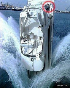 Boat Crash - boatcovers.iboats.com