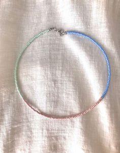 Seed Bead Jewelry, Bead Jewellery, Cute Jewelry, Beaded Jewelry, Beaded Bracelets, Diy Necklace, Necklace Designs, Necklaces, Pulseras Kandi