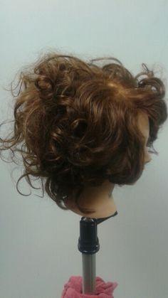Marell curls messy