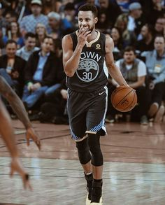 Stephen Curry Basketball, Nba Stephen Curry, Wardell Stephen Curry, Golden State Basketball, Stephen Curry Pictures, The Golden Boy, Draymond Green, Kevin Durant, Golden State Warriors