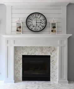 Home Remodeling Fireplace 54 Incredible DIY Brick Fireplace Makeover Ideas - About-Ruth - When your fireplace sits there neglected and unloved, the time is ripe for a makeover. Rehabbing your fireplace doesn't have […] Craftsman Fireplace, Fireplace Update, Brick Fireplace Makeover, Farmhouse Fireplace, Home Fireplace, Fireplace Remodel, Living Room With Fireplace, Fireplace Surrounds, Fireplace Design