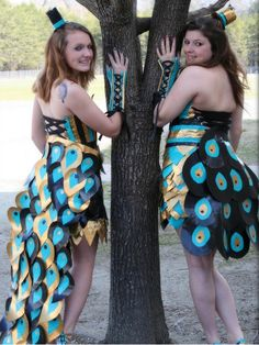 Learn about Stuck At Prom, a duct tape scholarship contest. We award scholarships to high schoolers who make the best prom attire out of Duck Brand Duct Tape. Duct Tape Clothes, Duct Tape Purses, Bad Dresses, Cheap Prom Dresses, Nice Dresses, Duct Tape Projects, Duck Tape Crafts, Duck Tape Dress, Panzer