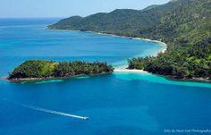 Guanaja, Islas de la Bahia, Honduras Heart Of America, Honduras, Utila, Roatan, Caribbean Sea, Oh The Places You'll Go, Places To Travel, Tropical Paradise, Island Life