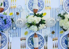 A Bastille Day Party by Tara Guerard - Entertaining Idea of the Day - Lonny Estilo Tropical, Dinner Themes, Dinner Parties, Garden Parties, Bastille Day, Enchanted Home, Blue And White China, Wedding Table Settings, Place Settings